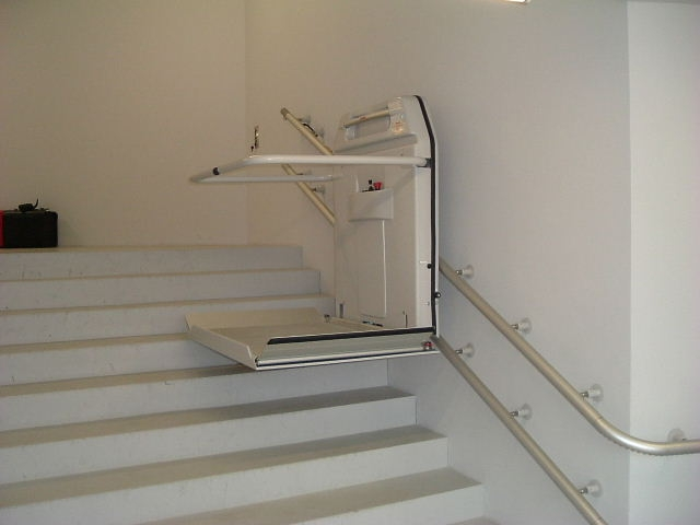 Stair Lift (Platform Type)